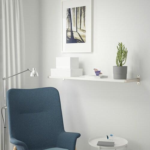 BERGSHULT 베리스훌트 / GRANHULT 그란훌트 벽선반 IKEA 지지대가 선반의 모서리를 감싸는 형태로 디자인되어 절단면을 노출하지 않고 사용할 수 있습니다.