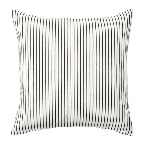 INGALILL 잉알릴 쿠션커버 IKEA 천연소재인 면은 부드럽고 세탁기 사용이 가능해 관리가 편리합니다. 선염 면 소재로 세탁 후에도 색상이 그대로 유지됩니다. 지퍼 방식으로 쉽게 커버를 벗길 수 있습니다.