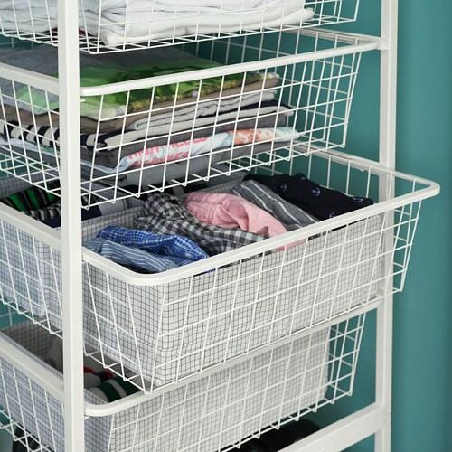 JONAXEL 요낙셀 철망바구니 IKEA 욕실 등의 습기가 많은 곳에서도 사용할 수 있습니다. 바구니가 부드럽게 밀리며 스톱 기능을 갖추고 있습니다. 철제바구니는 공기가 순환되므로 접은 옷, 양말 또는 액세서리를 보관하기에 적합합니다.