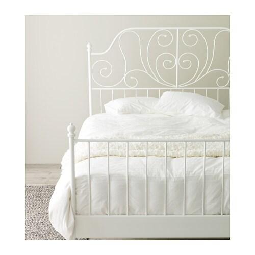 LEIRVIK 침대프레임 IKEA 자작나무 접착목 17개가 체중에 따라 몸을 받쳐주고 매트리스의 탄성을 살려줍니다.