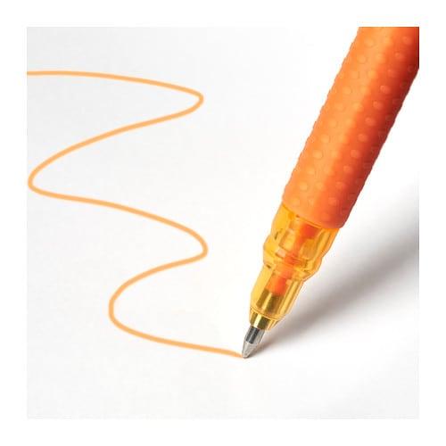 MÅLA 몰라 젤펜 IKEA MÅLA/몰라 시리즈 전 제품에는 독성 화학물질을 사용하지 않습니다. 아이들의 밝고 건강한 미래를 위해 더욱 노력하겠습니다. 8가지 색상의 젤잉크 펜으로 재미있게 그림을 그리고 글씨를 써보세요.
