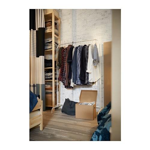 MULIG 물리그 옷걸이행거 IKEA 욕실이나 밀폐된 베란다와 같은 습한 공간을 포함한 집안의 모든 곳에서 사용할 수 있습니다. 플라스틱 다리받침이 있어서 바닥에 흠집이 생기지 않습니다.