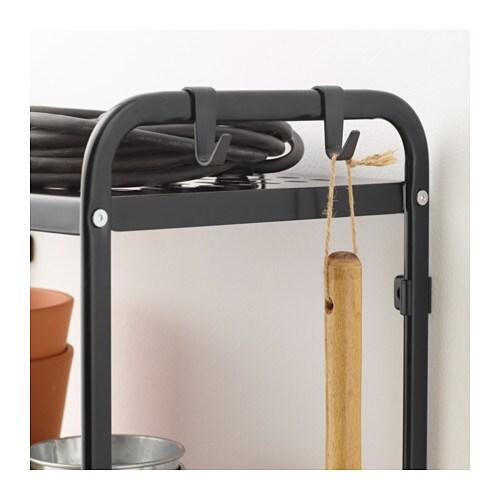 MULIG 물리그 선반유닛 IKEA 욕실 등의 습기가 많은 곳에서도 사용할 수 있습니다. 내구성이 높고 얼룩이 생기지 않으며 쉽게 잘 닦입니다. 선반 옆에 고리 4개가 있어서 각종 도구와 스포츠용품, 타월, 빨래바구니 등을 걸어둘 수 있습니다.