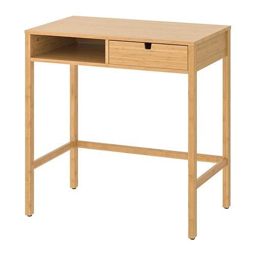 NORDKISA 노르드키사 화장대 IKEA 침실이나 옷방에 외출 준비에 필요한 모든 것이 가까이에 있는 공간을 만들면 어떨까요? 화장품과 액세서리는 서랍에 숨겨놓을 수 있습니다. 이 서랍은 양쪽에서 접근할 수 있습니다.