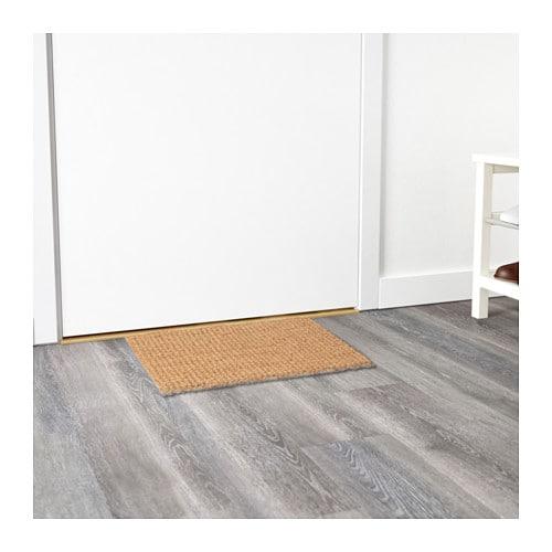 SONDRUP 도어매트 IKEA 표면이 고르지 않아 더 편리하게 신발의 먼지를 털어낼 수 있고, 장식 효과도 낼 수 있습니다. 진공청소기를 사용하거나 털어서 간편히 청소할 수 있습니다.