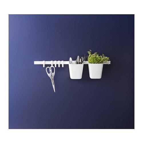 SUNNERSTA 순네르스타 보관용기 IKEA 언제든지 편하게 사용하고 조리 공간도 넓게 활용할 수 있습니다. SUNNERSTA/순네르스타 레일에 걸 수 있습니다.
