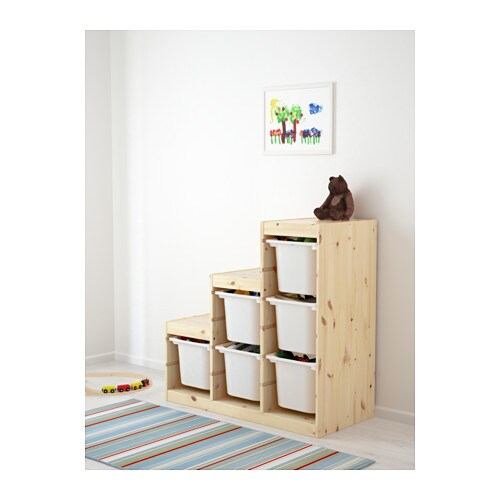 TROFAST 트로파스트 수납콤비네이션 IKEA 재미있고 튼튼한 수납 시리즈로 장난감을 정리할 수도 있고 의자 등으로 사용할 수도 있습니다. 프레임에 홈이 파여있어서 원하는 대로 수납함과 선반을 설치할 수 있고 언제든지 위치를 바꿀 수도 있습니다.