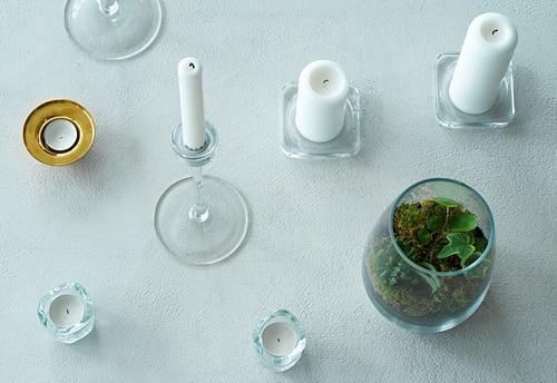 VÄSNAS 베스나스 미니양초홀더 IKEA 투명유리가 촛불의 따뜻한 빛을 반사하여 더욱 환한 느낌을 연출합니다. VÄSNAS/베스나스 홀더는 포개놓을 수 있어서 사용하지 않을 때도 편하게 보관할 수 있습니다.