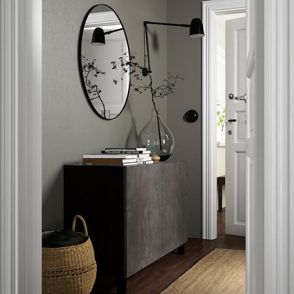 BESTÅ تشكيلة تخزين مع أبواب, أسود-بني Kallviken/Stubbarp/رمادي غامق تأثيرات ماديّة., 120x42x74 سم