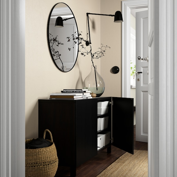 BESTÅ تشكيلة تخزين مع أبواب, أسود-بني/Timmerviken/Stubbarp أسود, 120x42x74 سم