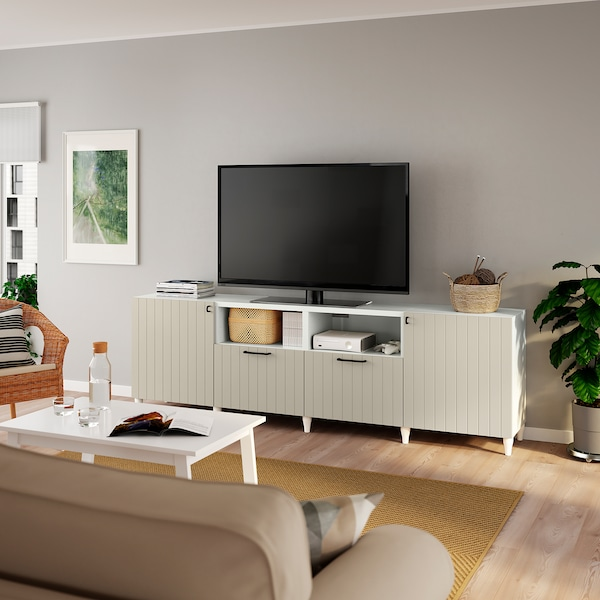 BESTÅ منصة تلفزيون مع أبواب وأدراج, أبيض/Sutterviken/Kabbarp رمادي-بيج, 240x42x74 سم