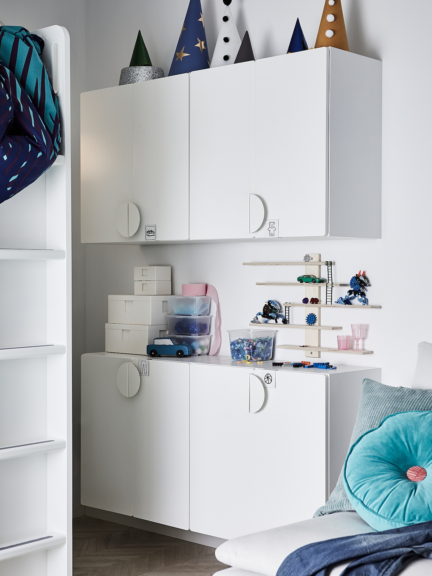 SMÅSTAD Wall cabinet, white pale turquoise/with 1 shelf, 60x32x60 cm