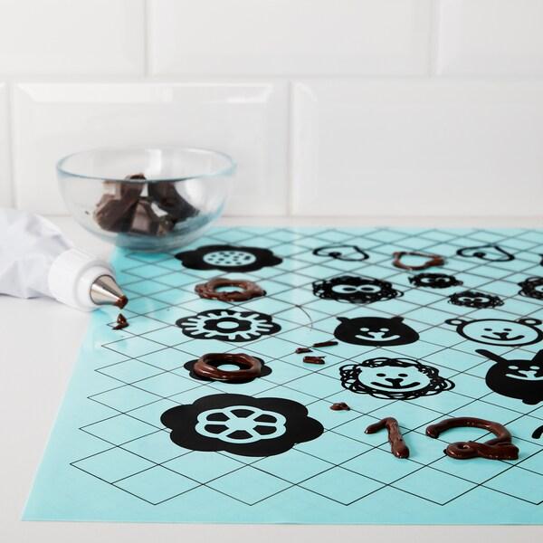 SOCKERKAKA baking mat and knife light blue
