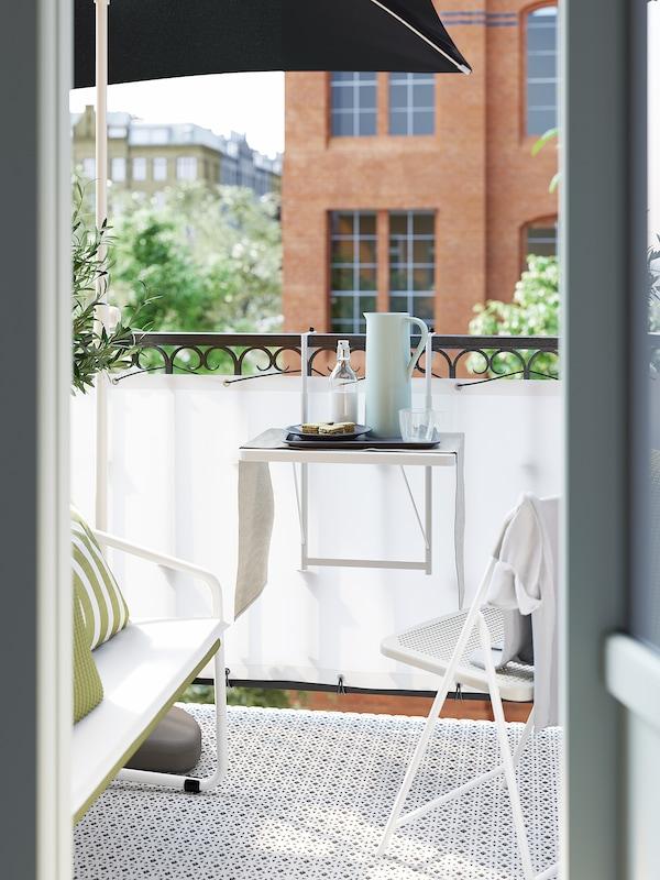 TORPARÖ طاولة حائطية+كرسي قابل للطي، خارجية, أبيض/بيج, 50 سم