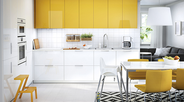 Yellow METOD kitchen.