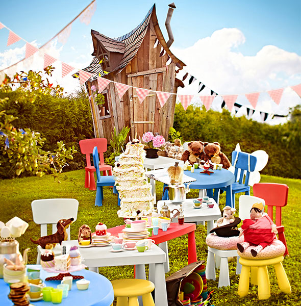 MAMMUT STOOL TABLE CHILDRENS FANTASY TEA PARTY
