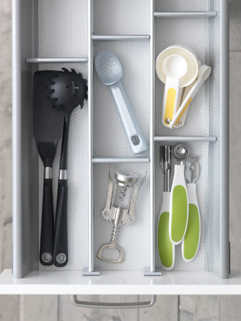 Utensils organised in a drawer