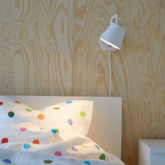 LED wall lamp with adjustable arm and head