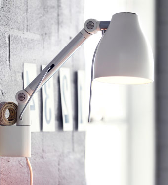 TRÅL wall lamp with adjustable head