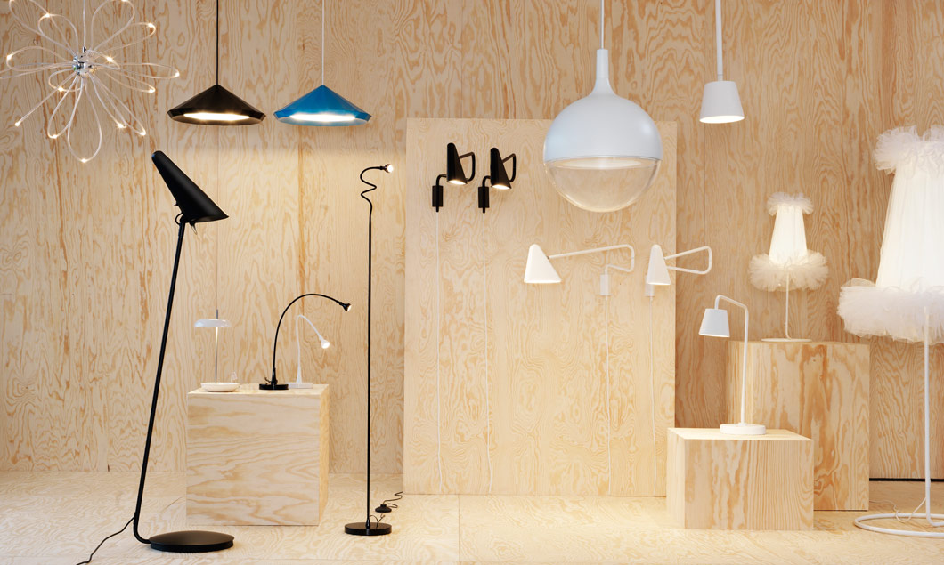 Collage de suspensions, lampes de table et lampadaires à LED