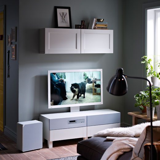 BESTÅ storage with UPPLEVA 40 inch TV