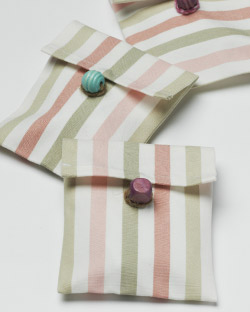 Seed packs made of EMMIE RAND fabric