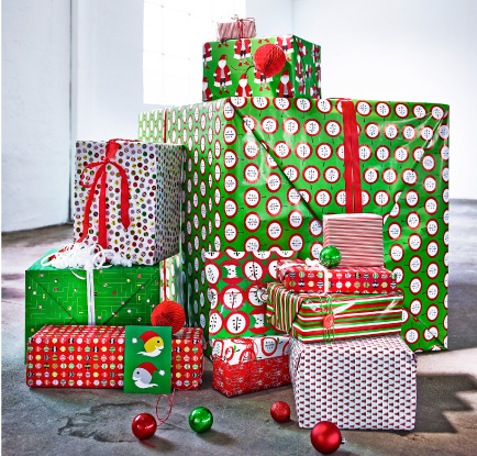 Presents wrapped in gift wrap with different patterns