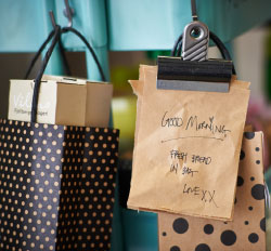Black and beige paper gift bags