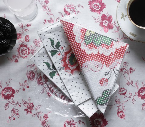 Paper napkins with floral pattern.