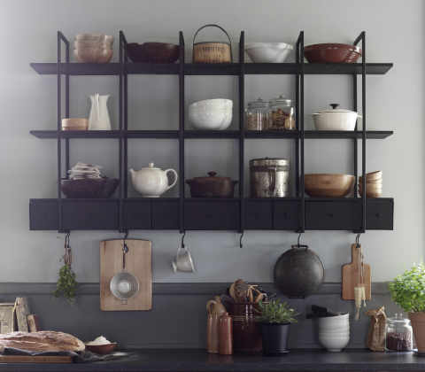 Wall shelf in black steel with drawers and hooks.