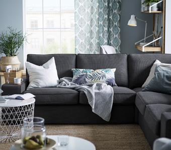 The supportive memory foam in the seat cushions and the thickly padded, extra-wide armrests make this KIVIK corner sofa perfect for relaxing. This anthracite fabric cover can be removed to machine-wash or dry-clean.