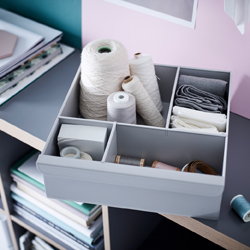 Customise your KALLAX shelving unit with a shelf insert that works both as a drawer with compartments, and as a display with plenty of small shelves. This light grey insert is made entirely from recycled plastic.