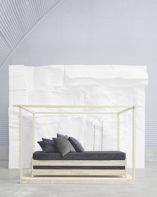 Meet the versatile IKEA UTÅKER stackable bed, made of untreated solid pine, that converts from a sofa to a single, double or twin beds. It's easy to carry up the stairs, assemble and take apart. You can even add a personal touch by painting or varnish it.