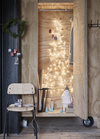 Spice up the holidays with white snowflake shaped lighting chains from the IKEA STRÅLA LED series. A built-in timer turns on the lights for up to 8 hours, so you can keep the party going.