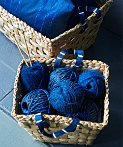 INNEHÅLLSRIK handwoven banana firbre baskets are great for storing small things, likes ball of wool.