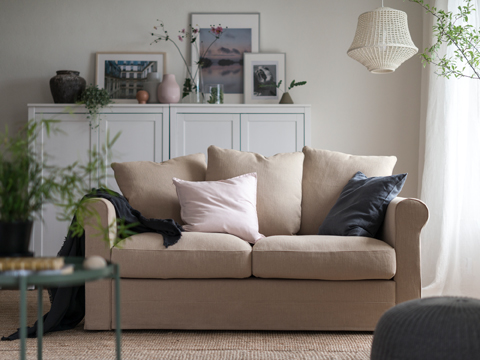 GRÖNLID combines traditional lines with modern features like a deep seat and big, soft cushions.