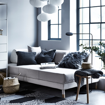 No backrest and firm, loose cushions set the character for FLOTTEBO, representing sofas that beyond comfort and function also provide a strong style expression.