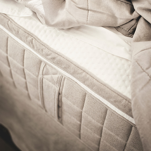Create a healthier sleep environment with a TISTEDAL mattress pad made from organic materials.