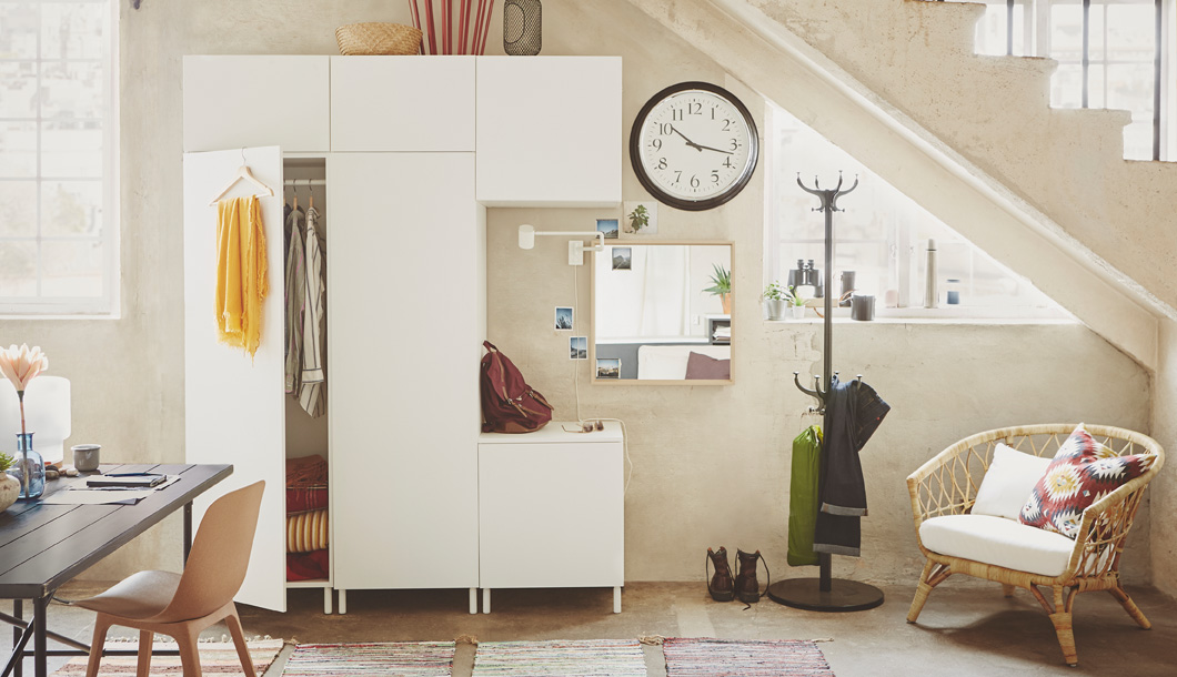 PLATSA is a highly flexible storage system, just pick a wardrobe, add modules and build the solution you want.