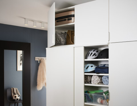 IKEA PLATSA system offers different modules, frames and doors, which makes it easy to optimise your storage solutions.