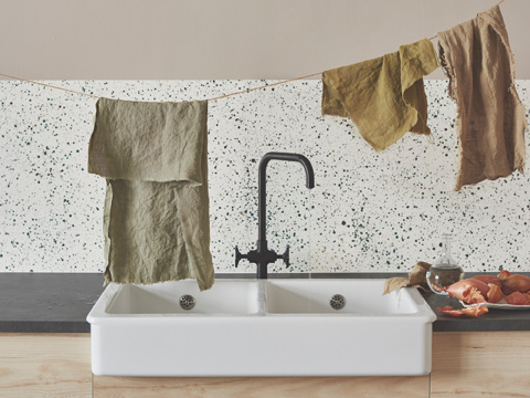 This beautiful ceramic HAVSEN sink has soft rounded corners and comes in three different styles. It's perfect for a traditional or country-styled kitchen, or even modern home.