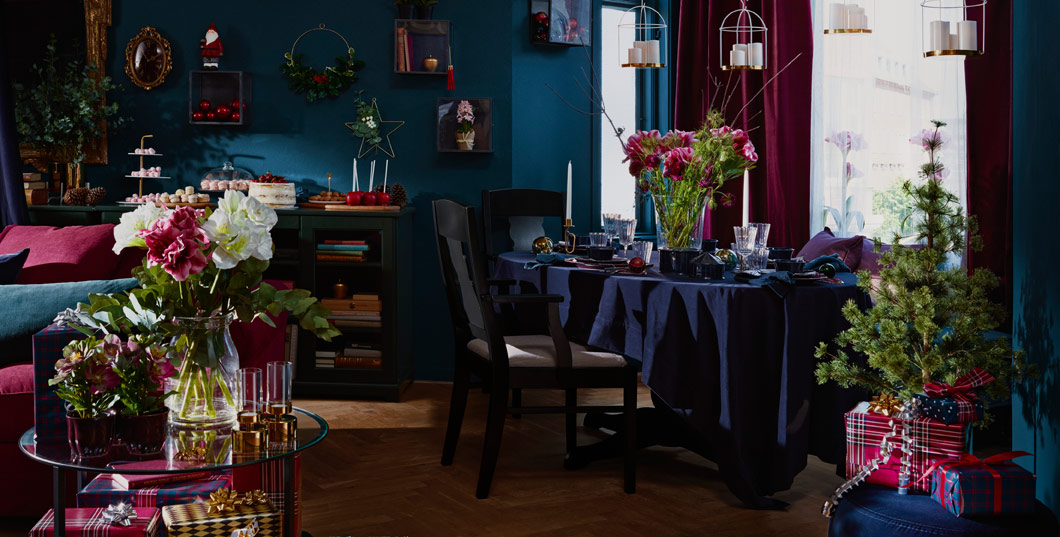 Cosy up with friends and family over the holiday dinner table with IKEA VINTER 2018 tablecloth in rich colours and soft, cotton fabric