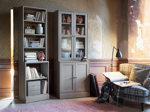 With the units of HAVSTA series from IKEA, you can create bookcases, open shelving, closed storage and more. It has a traditional look in grey or dark brown solid pine.