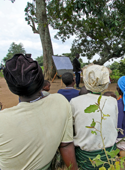 Ugandan farmers get advice and education as part of the White Nile project.