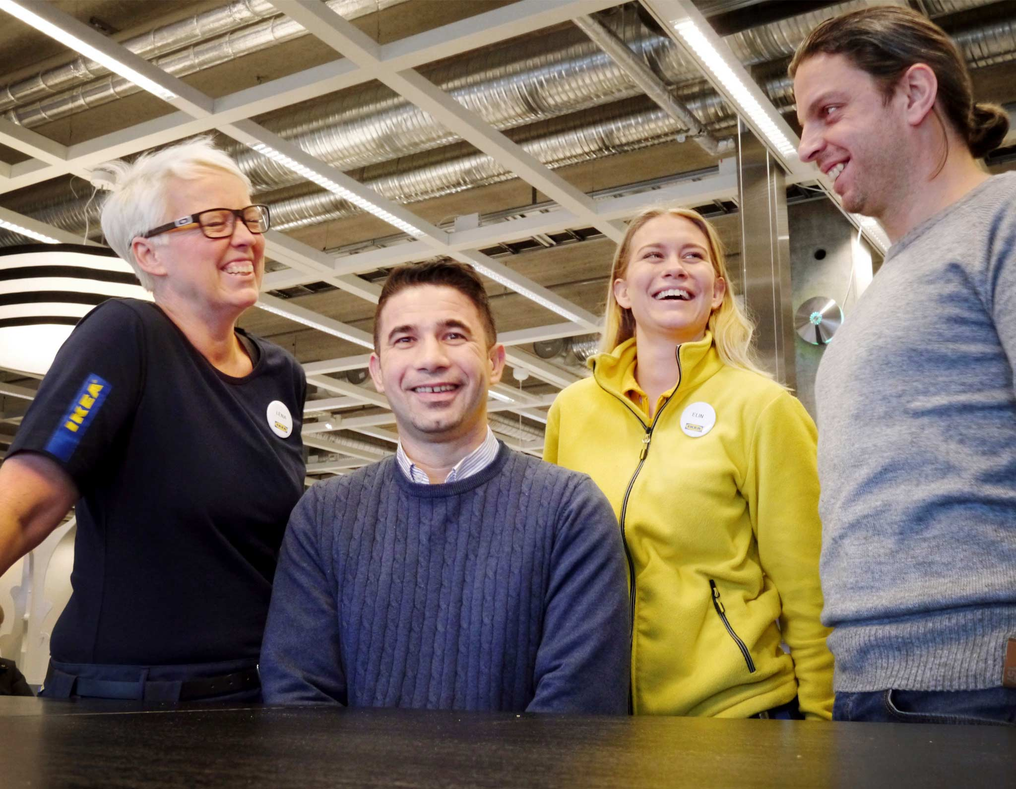 IKEA co-workers Yaser Alwili, Lena van Heuven, Elin Johansson and Mohammad Al Heswani are very happy with the refugee inclusion programme.