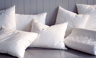 How to… - IKEA : quilts and pillows - Adamdwight.com