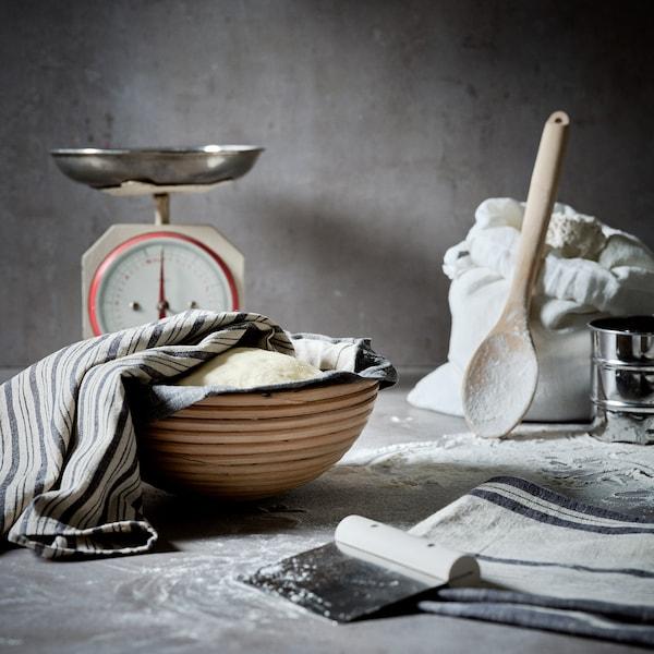 RÖRT Spoon, round/beech