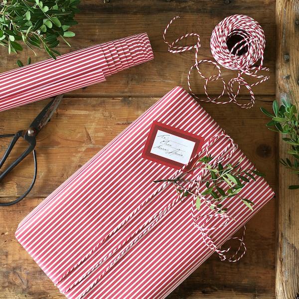 VINTER 2020 Gift wrap roll, stripe pattern red/white, 3x0.7 m