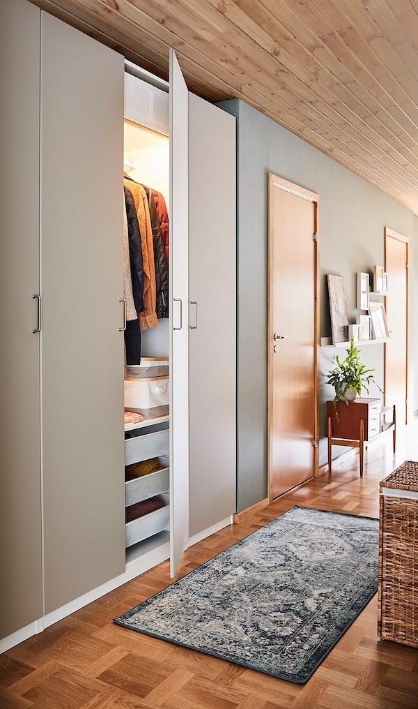 REINSVOLL Puerta con bisagras, beige grisáceo, 50x229 cm
