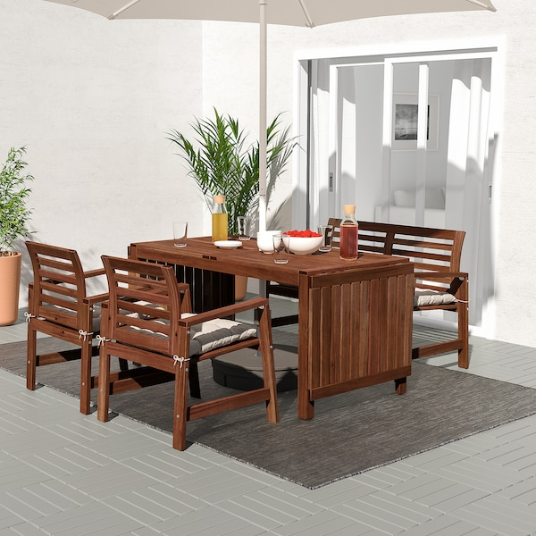 ÄPPLARÖ Table+2 chrsw armr+ bench, outdoor, brown stained/Kuddarna grey